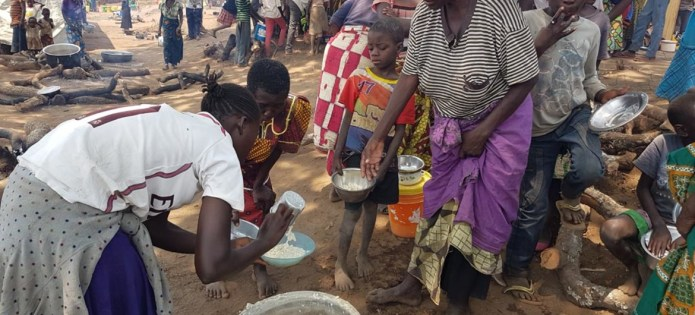 Cabinet Ministers visits Congolese refugees in Luapula Province