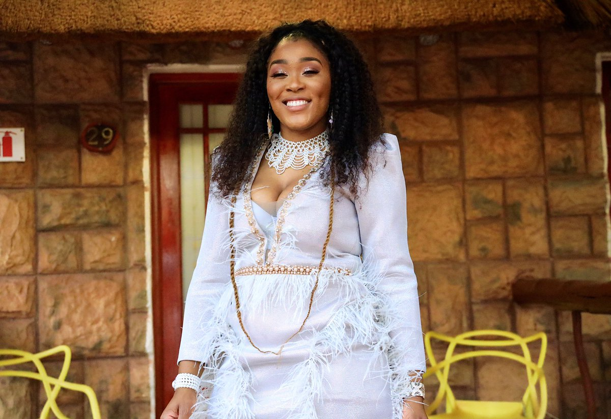 Lady Zamar And Sjava To Share The Same Stage