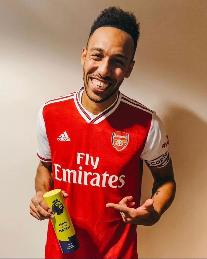Arsenal manager Arteta hopes to convince captain Aubameyang to stay at the club