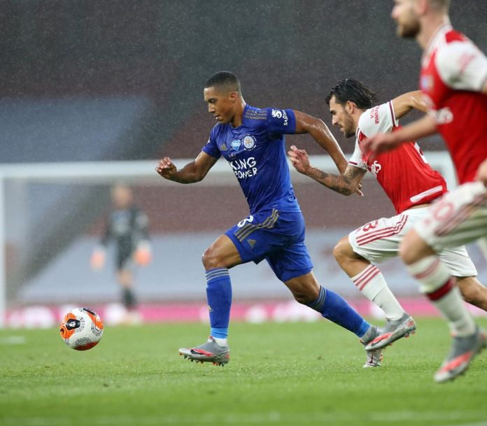 Arsenal, Leicester City share spoils