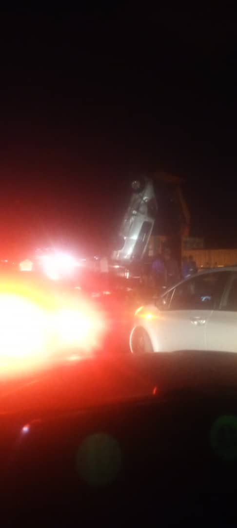 Driver runs away from accident scene on Kafue road leaving 5 passengers