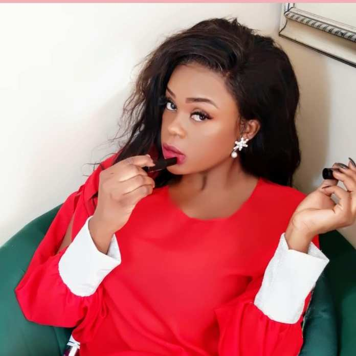 Mampi Laughs Off Criticism Of Being Unmarried