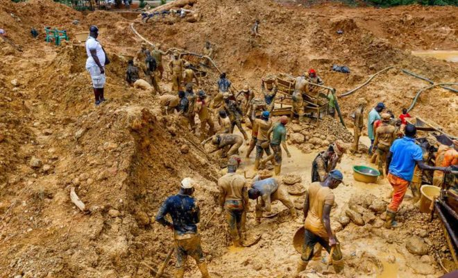 Mwinilunga man dies after gold pit collapses