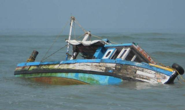 60 drown after boat capsizes in Congo