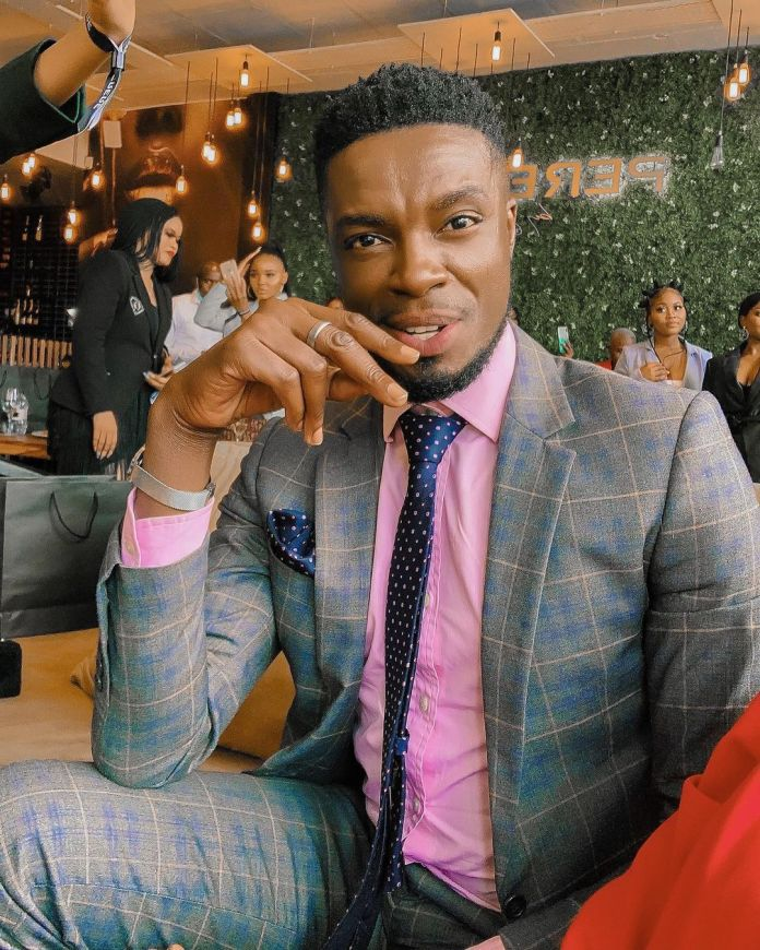 Actor Aaron Moloisi finally speaks out on the man behind his back in viral photo