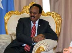 Somalia president signs law extending his term