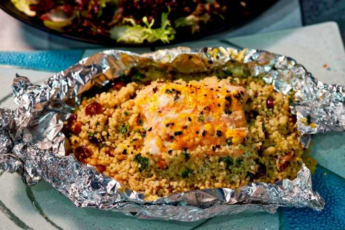 Baked salmon and couscous parcels – Recipe