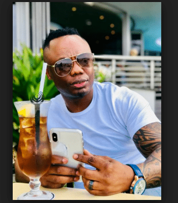 DJ Tira, Ngaqonya (ThackzinDJ Remix), Aubrey, mp3, download, datafilehost, fakaza, Afro House, Afro House 2019, Afro House Mix, Afro House Music, Afro Tech, House Music