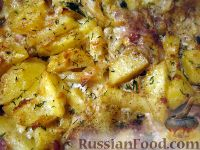 عکس به دستور غذا: ماهی خال مخالی با سیب زمینی پخته شده تحت سس مایونز