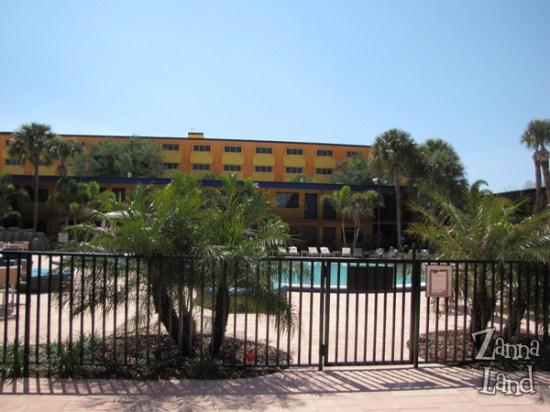 CoCo's Beach quiet pool area