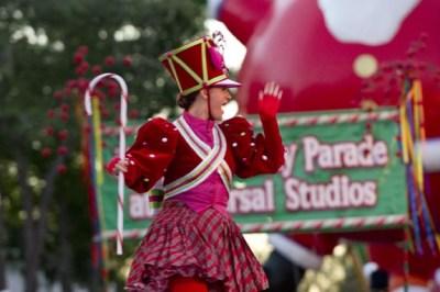 Universal Studios Florida Macys Parade