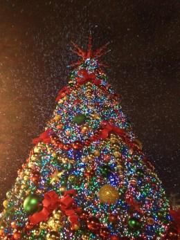 Universal Christmas tree