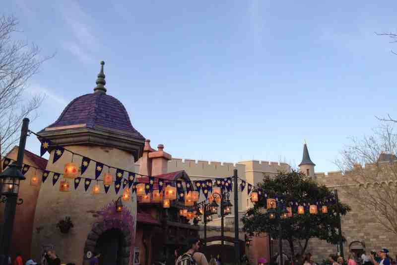 Tangled Rapunzel bathroom area