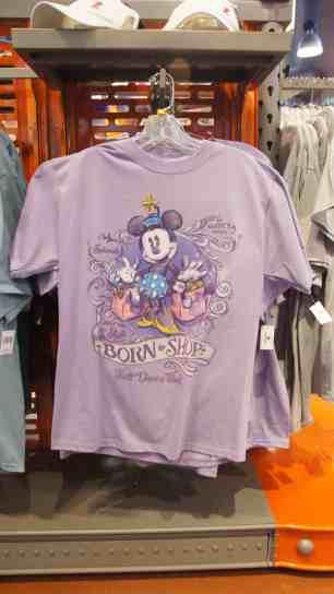 "Minnie ""Born to Shop"" T-shirt"