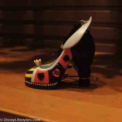 Disney Queen of Hearts character-inspired shoe ornament