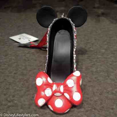 Disney Minnie Mouse character-inspired shoe ornament