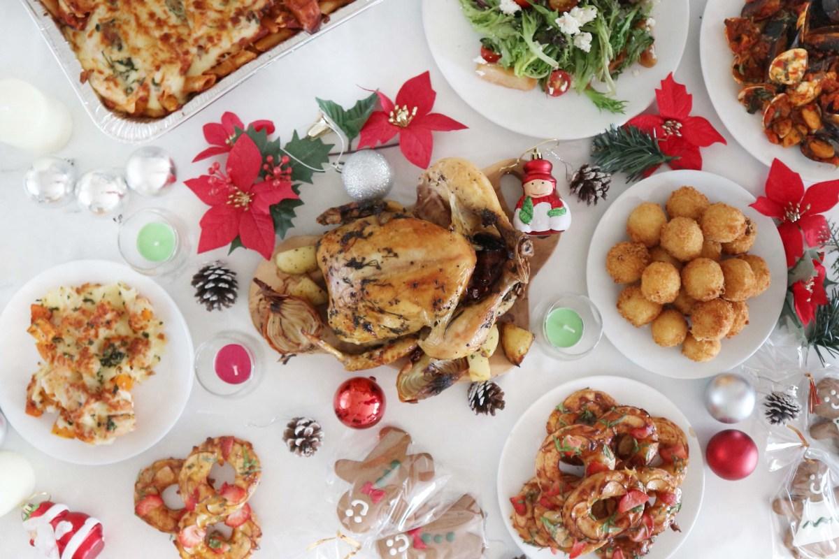 PastaMania Catering: Christmas Joyous Party Bundle
