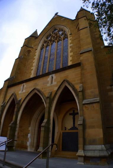 Catedral de San David - Imponente edificio desde afuera