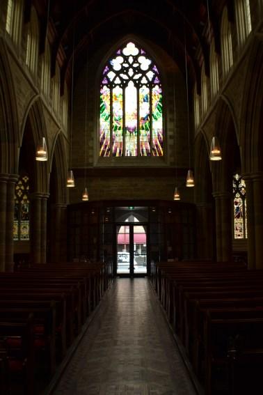 Catedral de San David - Impactante arquitectura y diseño por dentro