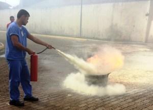 Brigadistas participam de simulado contra incêndio no Hospital Regional do Sudeste do Pará