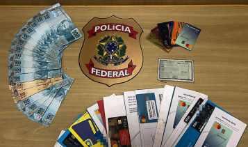PF faz operação para desmantelar uma organização criminosa notas falsas