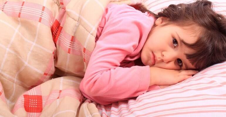 рвота запор температура у ребенка