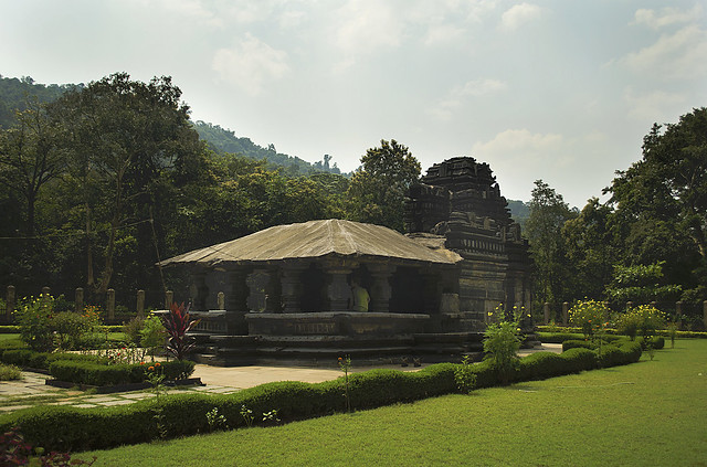 Blog 277 - tambdi surla mahadev temple - 2.jpg