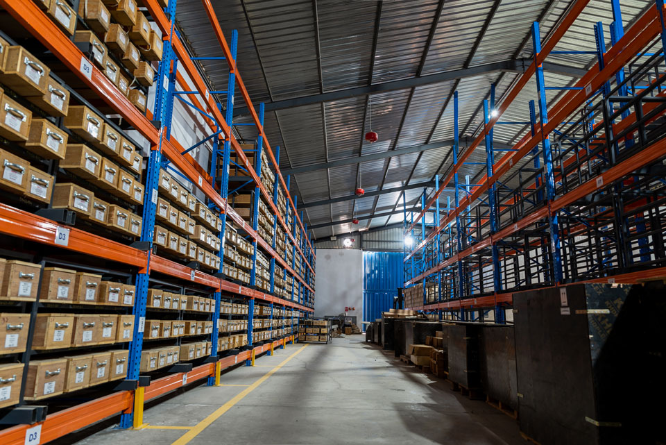 Commercial Warehousing & Yard Storage Services