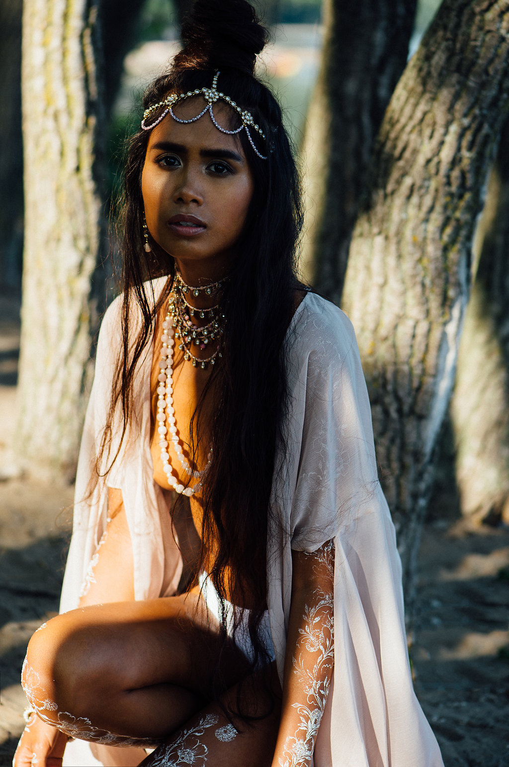 White Henna Editorial Photography by Tara Noelle Look 3