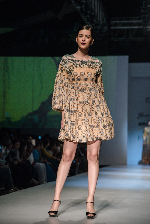 Bhanuni by Jyoti FDCI Amazon India Fashion Week Spring Summer 2018 Look 5