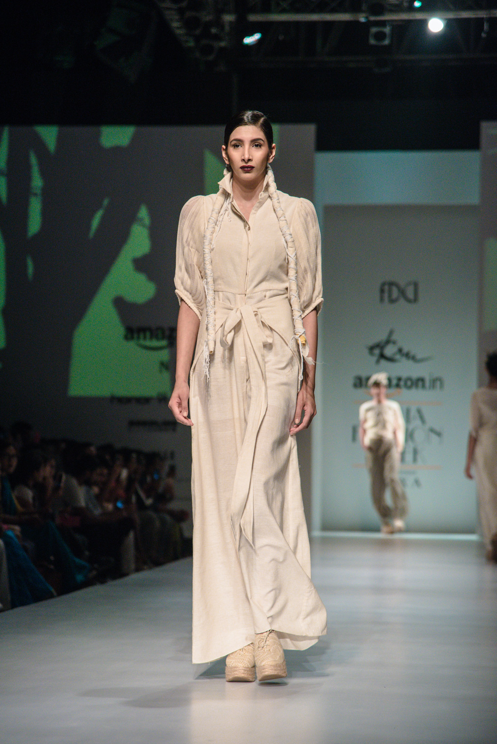 Ekru by Ektaa FDCI Amazon India Fashion Week Spring Summer 2018 Look 4