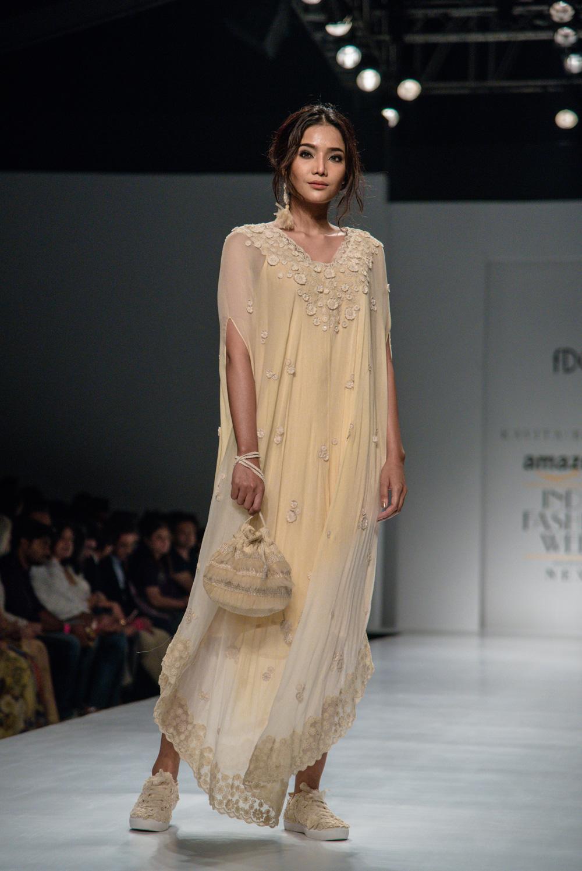 Kavita Bhartiya FDCI Amazon India Fashion Week Spring Summer 2018 Look 15