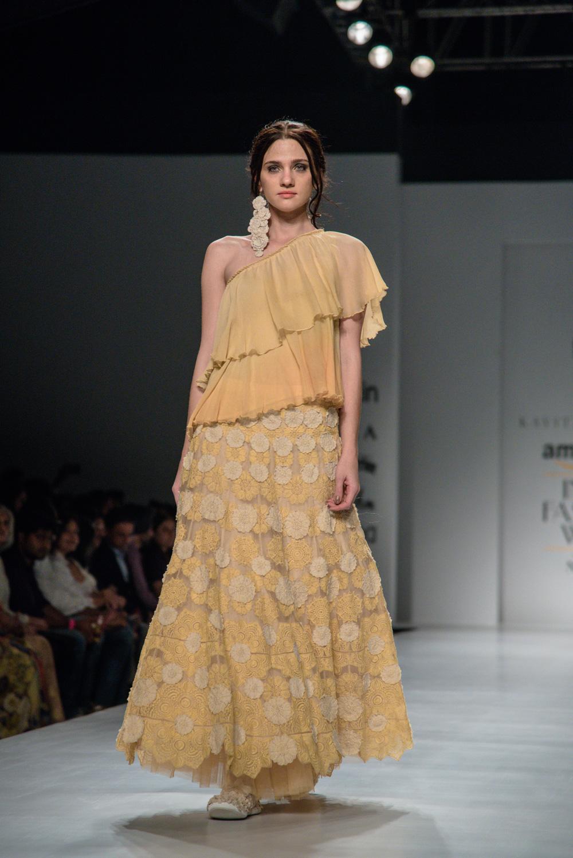 Kavita Bhartiya FDCI Amazon India Fashion Week Spring Summer 2018 Look 1