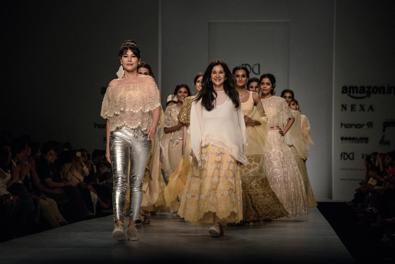 Kavita Bhartiya FDCI Amazon India Fashion Week Spring Summer 2018 Finale