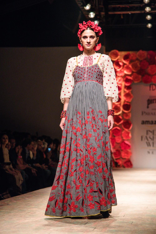 Payal Jain FDCI Amazon India Fashion Week Spring Summer 2018 Look 5