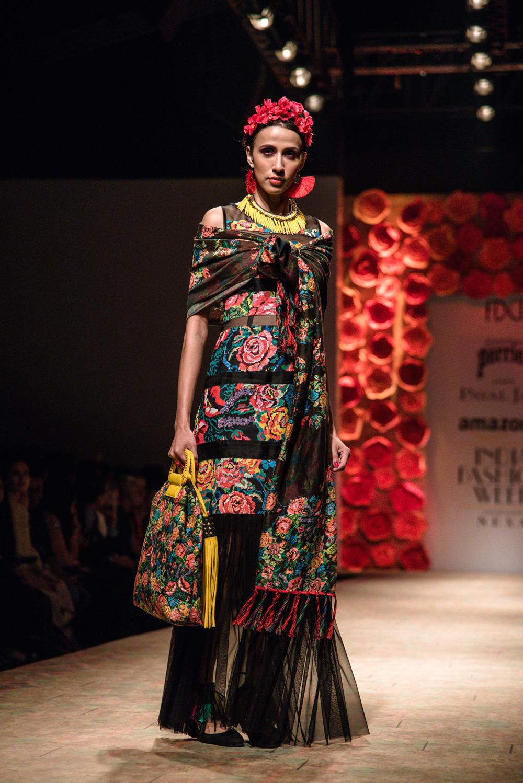 Payal Jain FDCI Amazon India Fashion Week Spring Summer 2018 Look 19