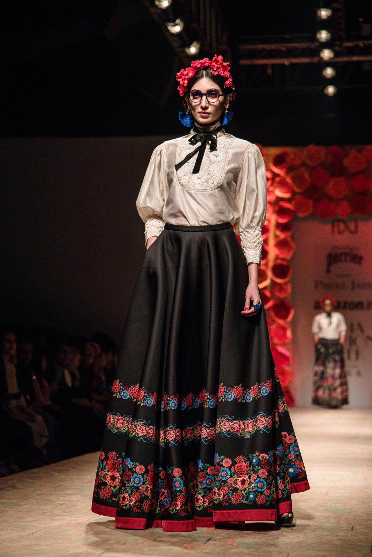 Payal Jain FDCI Amazon India Fashion Week Spring Summer 2018 Look 20
