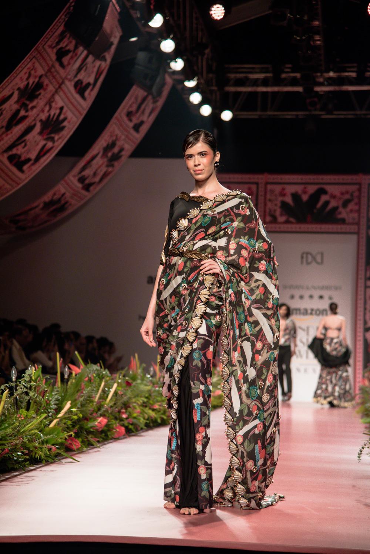 Shivan and Narresh FDCI Amazon India Fashion Week Spring Summer 2018 Look 21