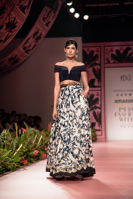 Shivan and Narresh FDCI Amazon India Fashion Week Spring Summer 2018 Look 5