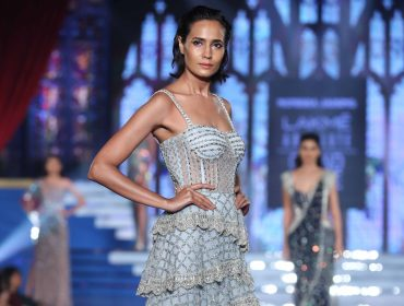 The Hottest Looks from Lakme Fashion Week Winter Festive | Zardozi Magazine