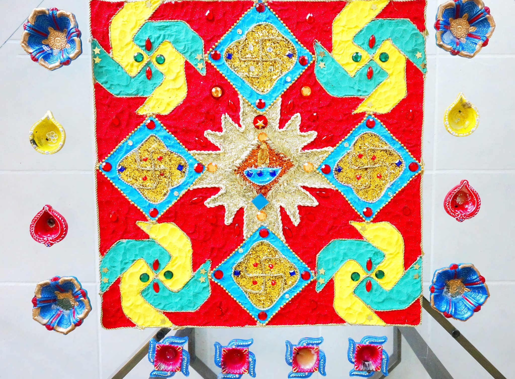 How-to-Make-a-Rangoli-Zardozi-Magazine