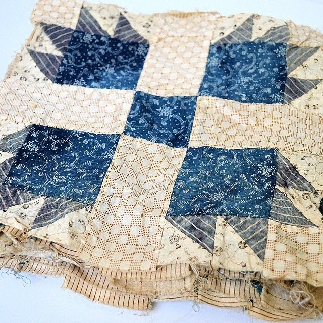 bear paw quilt vintage