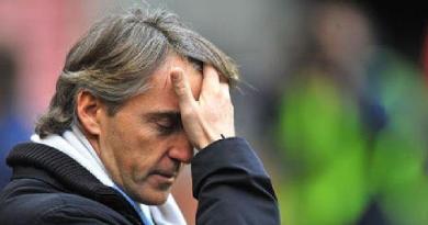 Головний тренер апенінців Роберто Манчіні забув свої окуляри,  так  пояснили  провал збірної Італії у грі з командою Боснії