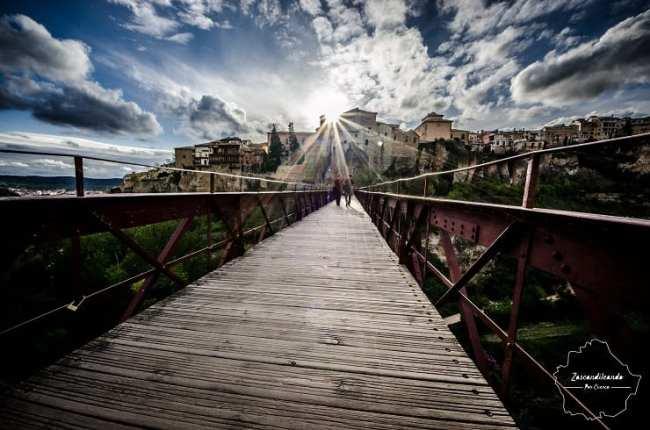 Puente de San Pablo en la ciudad de Cuenca