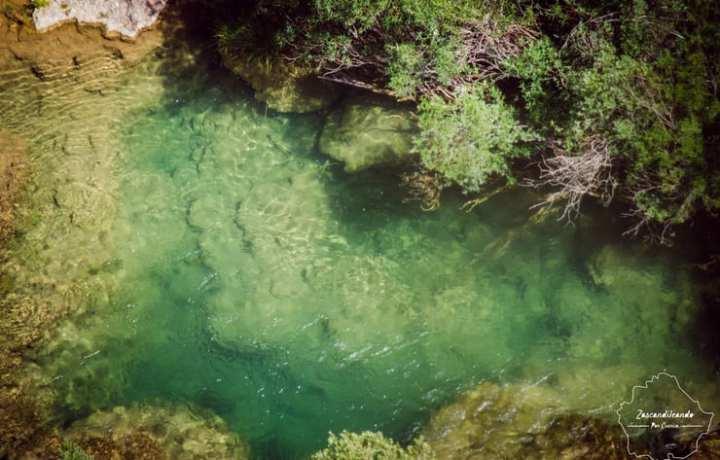 Rio_Jucar_agua_transparente