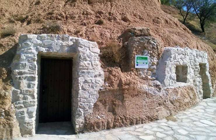 Cuevas en Gascueña