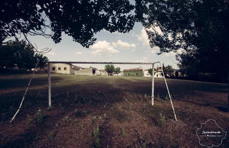Campo de fútbol en Poyatos, Cuenca