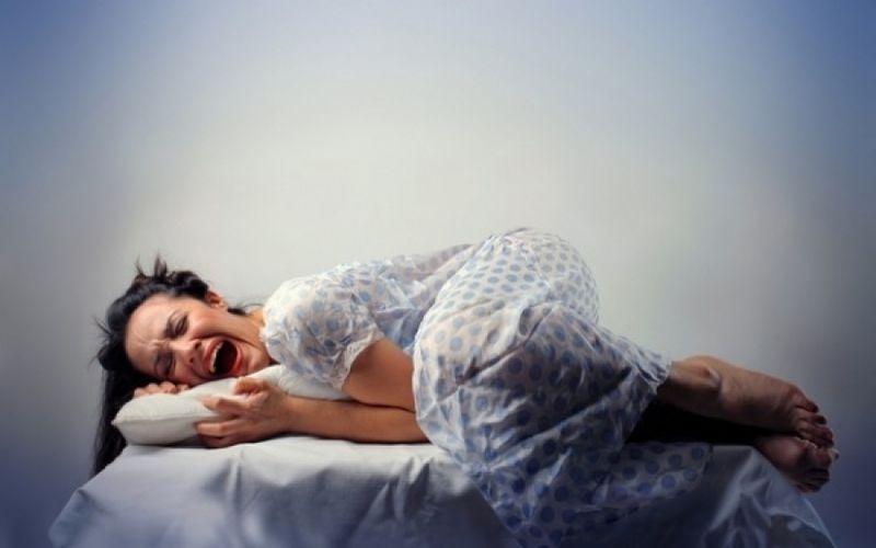 Hur sömntalande manifesterar sig
