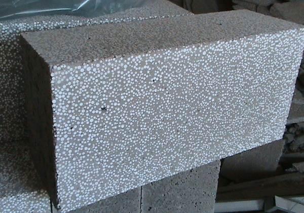 Полистиролбетон-новый-строительный-материал-Характеристики-и-назначение-полистиролбетона-1