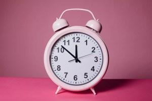 zmiana czasu plan dnia dziecka zegar
